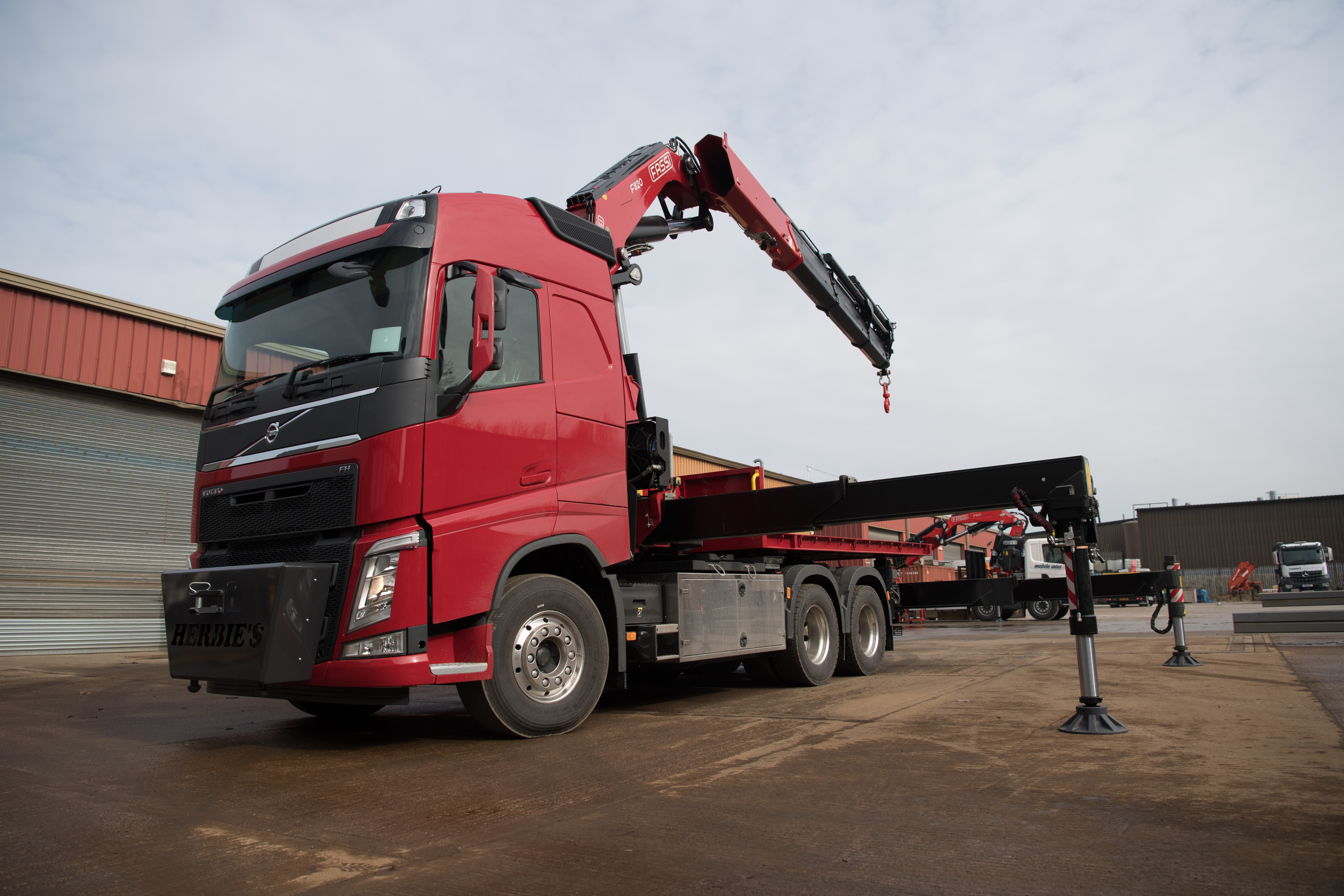 F820RA FOR HERBIES HAULAGE